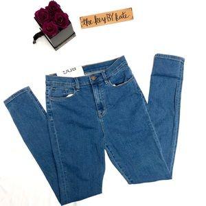 NWT UO BDG Twig Super High Rise Skinny Jeans